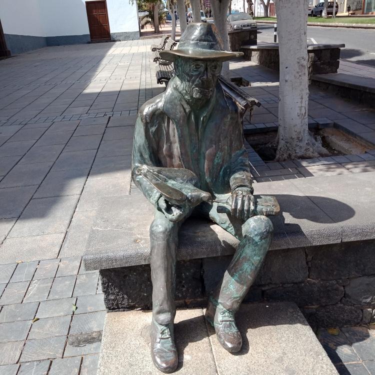 Suso Machín Sculpture Puerto del Rosario Fuerteventura