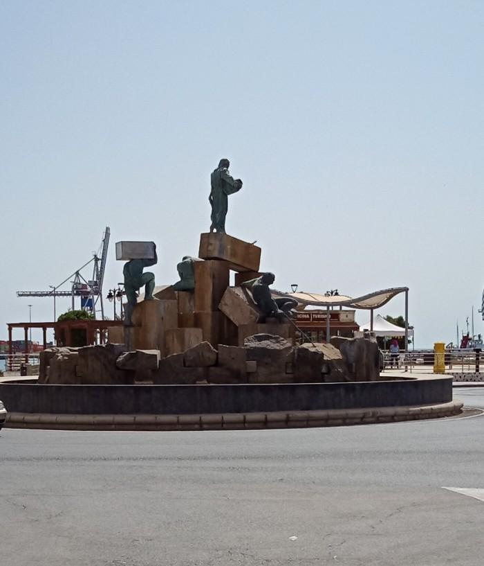 Fuente de la Explanada Puerto del Rosario Fuerteventura